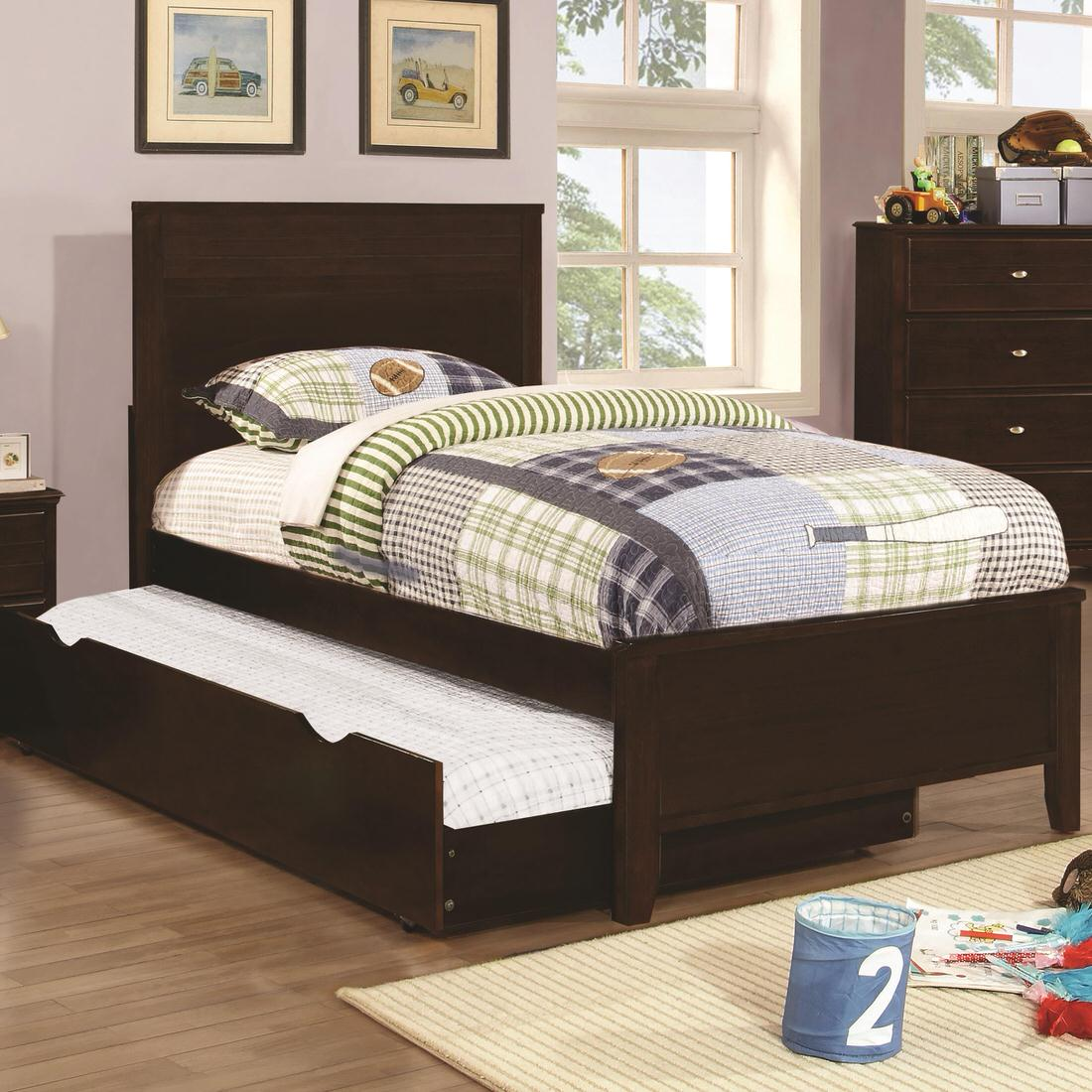 The Collection Furniture: Coaster Ashton Bedroom Collection